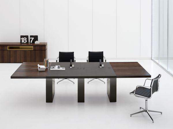 Archiutti Artu Konferenztisch 320/400/480 x 140 cm mit Tischplatte in Furnier und Kunstleder