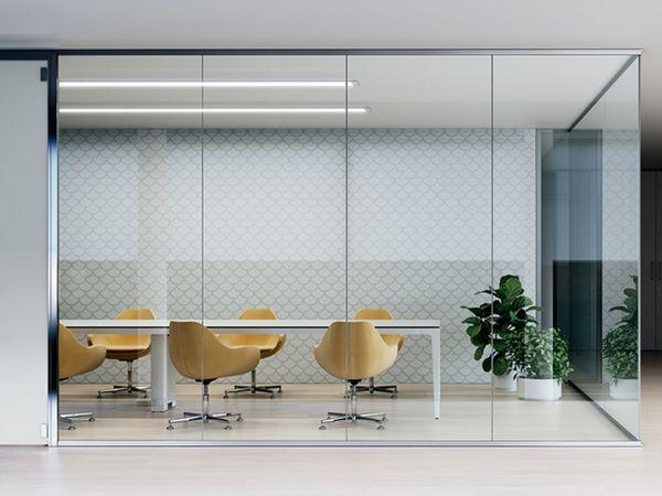Frezza K35 Raum-in-Raumsystem mit Glaswänden