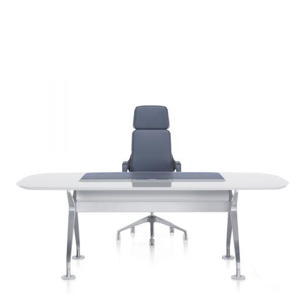 interstuhl Executive Schreibtisch Silver 890S