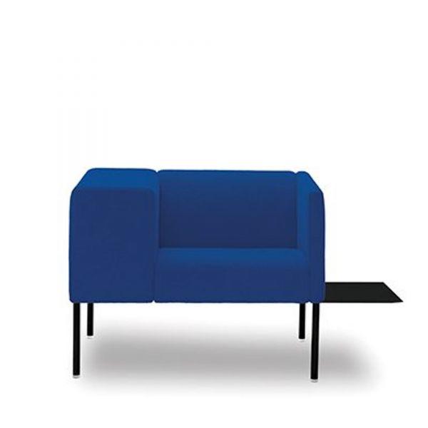 viccarbe loungesessel brix mit breiter armlehne sessel. Black Bedroom Furniture Sets. Home Design Ideas