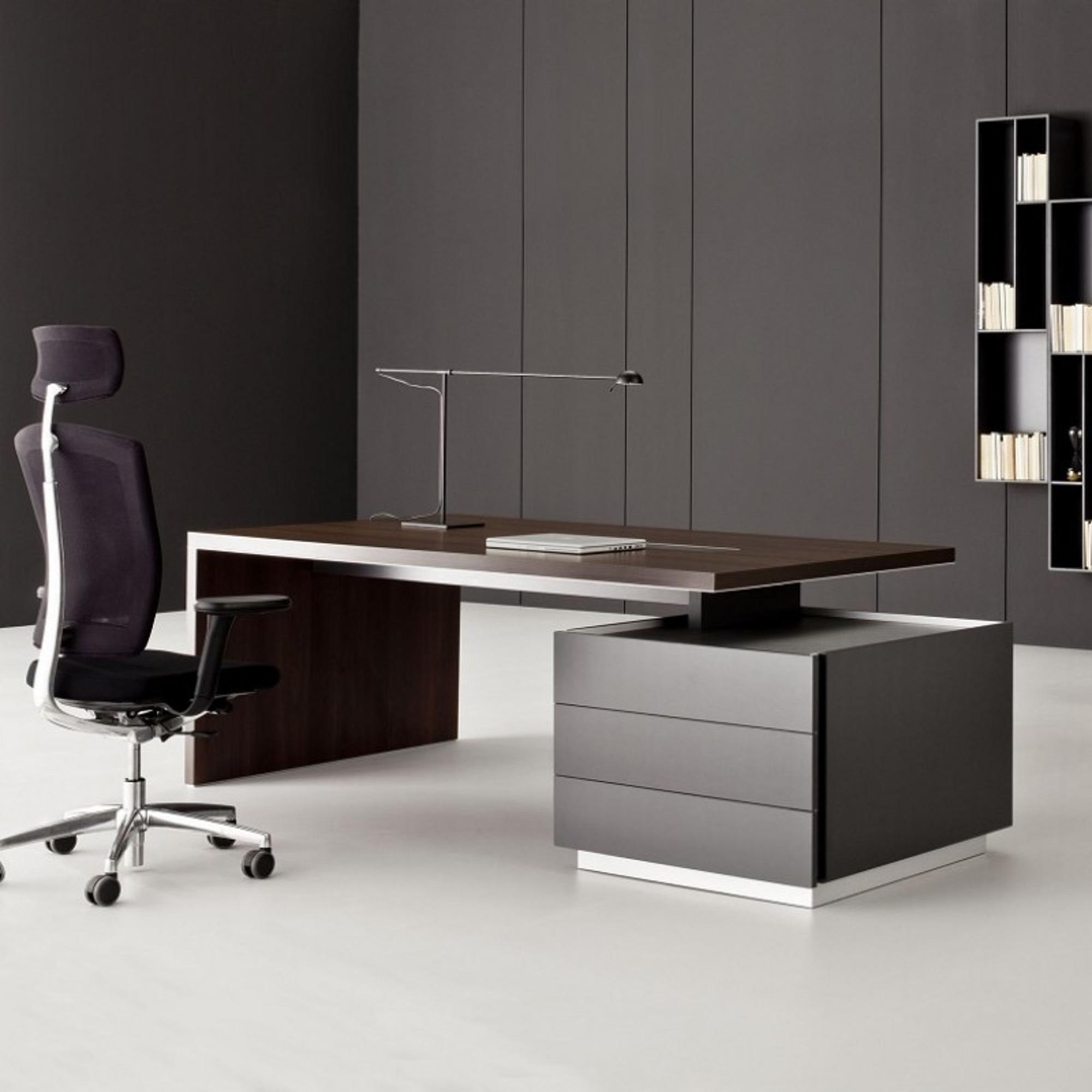 balma ostin executive schreibtisch mit standcontainer b ro schreibtische arbeitsplatz. Black Bedroom Furniture Sets. Home Design Ideas