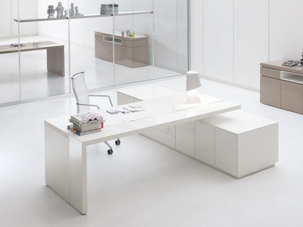 archiutti artu schreibtisch mit sideboard in lack wei eckschreibtische arbeitsplatz. Black Bedroom Furniture Sets. Home Design Ideas